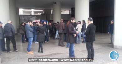 Manifestazione giovani, foto Sardegnagol riproduzione riservata