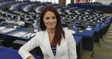 Miriam Dalli, © European Union 2014 - source:EP, foto Genevieve ENGEL
