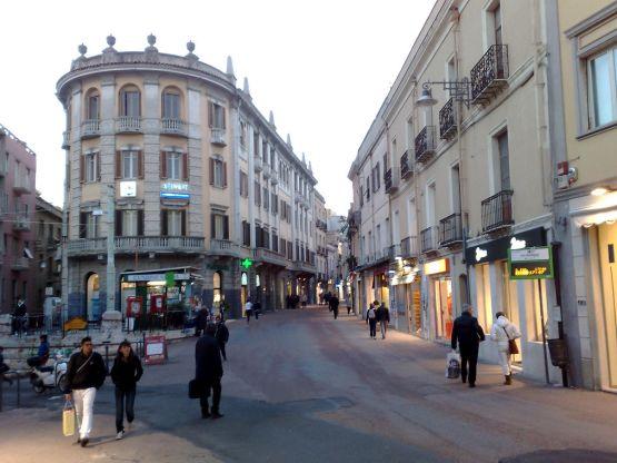 Cagliari vie del centro