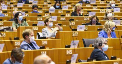 Parlamentari europei, foto Laurie Dieffembacq © European Union 2020 - Source : EP
