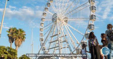 La ruota panoramica di Cagliari, foto Sardegnagol riproduzione riservata
