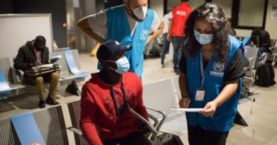 Studenti, Foto UNHCR/Valerio Muscella