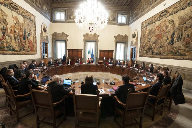 Consiglio dei Ministri, foto Governo.it licenza CC-BY-NC-SA 3.0 IT