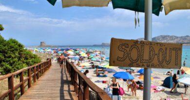 Spiaggia La Pelosa, Stintino