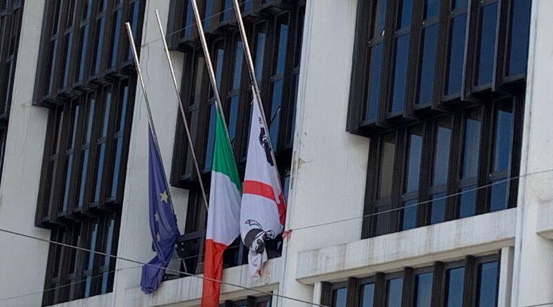 Bandiere a mezz'asta, Consiglio regionale della Sardegna