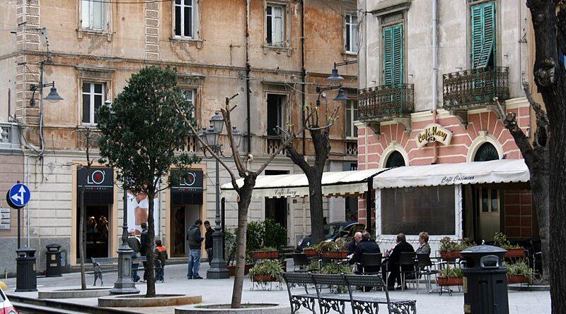 Olbia, Piazza Regina Margherita, foto © Superbass / CC-BY-SA-3.0