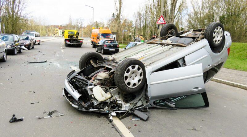 Incidente stradale, Foto di Gerhard G. da Pixabay