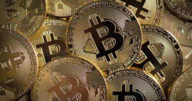 cripto valuta, Foto di Eivind Pedersen da Pixabay