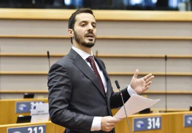 Vincenzo Sofo, foto Eric Vidal Parlamento Europeo 2020