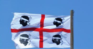 Bandiera Sardegna, Foto di Peter Kraayvanger da Pixabay
