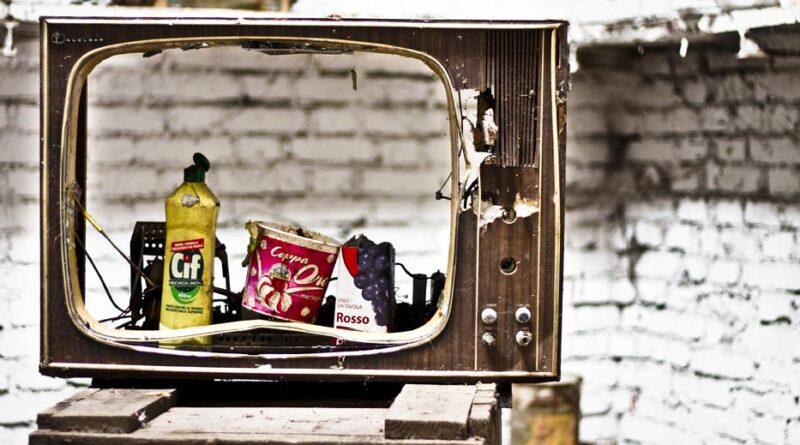 Tv spazzatura, foto Luca Rossato